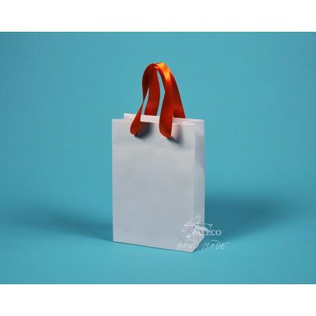 Papírová taška JUSTÝNA 16x8x24 bílý ofset oranžová stuha