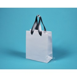 Papírové tašky KAROLÍNA 20x10x23 bílý ofset šedostříbrná stuha