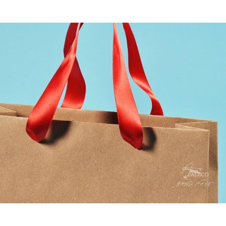 papírové tašky trávové BÁRA 25x9x37 hnědý travní papír s červenou stuhou